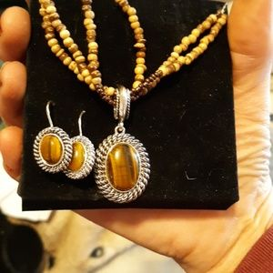Tiger's eye earring and necklace set